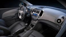 Фото салона Chevrolet Aveo / механика