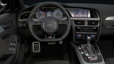 Фото салона Audi S4 универсал