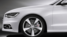Фото экстерьера Audi S6