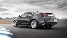 Фото экстерьера Cadillac CTS-V  (Кадиллак СТС-В Купе) Купе / RWD<br><span> 6.2 / 564&nbsp;л.с. / Механика&nbsp;(6&nbsp;ст.) / Задний привод</span>