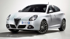 Фото экстерьера Alfa Romeo Giulietta
