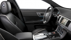 Фото салона Jaguar XF