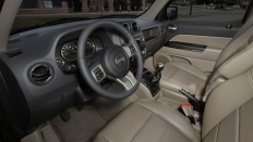 Фото салона Jeep Liberty (Джип Либерти) / Limited<br><span> 2.4 / 170&nbsp;л.с. / Вариатор / Полный привод</span>