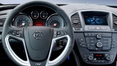 Фото салона Opel Insignia OPC