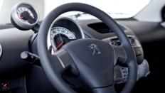 Фото салона Peugeot 107