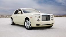 Фото экстерьера Rolls-Royce Phantom