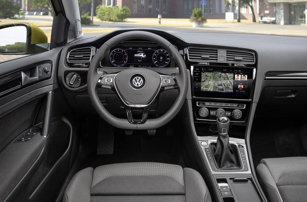 Салон Volkswagen Golf (Фольксваген Гольф) 2017 хэтчбек