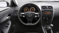 Фото салона Toyota Corolla