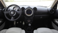 Фото салона Mini Cooper S Paceman All4