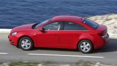 Фото экстерьера Chevrolet Cruze (Шевроле Круз) Седан / LS<br><span> 1.6 / 109л.с. / Механика(5ст.) / Передний привод</span>