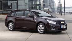 Фото экстерьера Chevrolet Cruze (Шевроле Круз СВ) Универсал / LT<br><span> 1.8 / 141л.с. / Автомат(6ст.) / Передний привод</span>