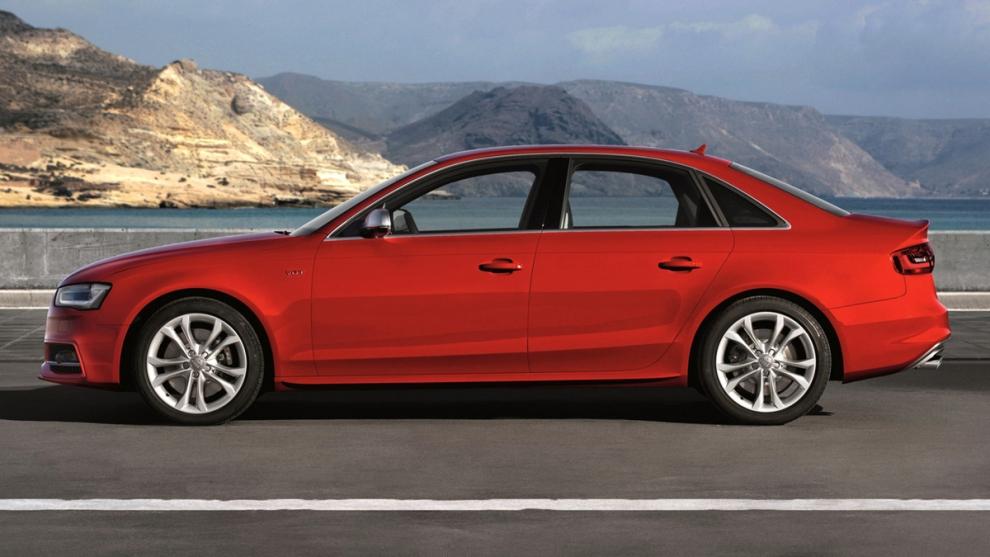 Фото Audi S4
