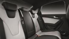 Фото салона Audi S4 седан
