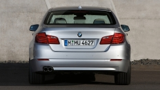 Фото экстерьера BMW 5-series (БМВ 5 серии) / Базовая<br><span> 2.0 / 252&nbsp;л.с. / Автомат&nbsp;(8&nbsp;ст.) / Полный привод</span>