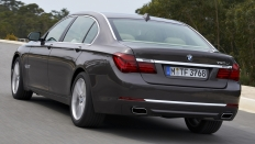 Фото экстерьера BMW 7-series 750d xDrive Базовая