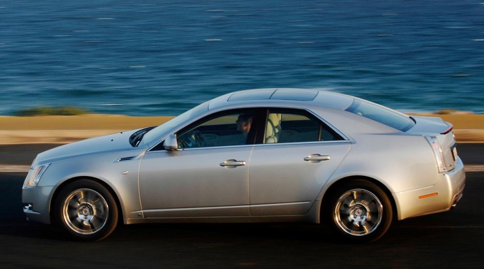 Фото экстерьера Cadillac CTS