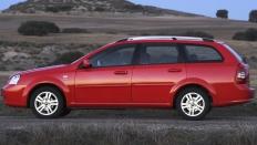 Фото экстерьера Chevrolet Lacetti (Шевроле Лачетти) Универсал / SX<br><span> 1.6 / 109л.с. / Механика(5ст.) / Передний привод</span>
