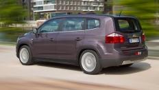 Фото экстерьера Chevrolet Orlando (Шевроле Орландо) / LTZ<br><span> 1.8 / 141л.с. / Автомат(6ст.) / Передний привод</span>