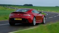 Фото экстерьера Aston Martin V12 Vantage
