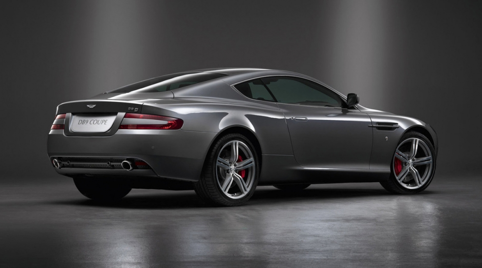 Фото экстерьера Aston Martin DB9