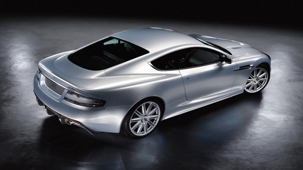 Фото Aston Martin DBS