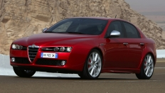 Фото экстерьера Alfa Romeo 159 седан / бензиновый / 1.8л. / 140л.с.