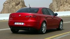 Фото экстерьера Alfa Romeo 159 седан Elegant