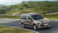 Фото экстерьера Citroen Berlingo Multispace Dynamique