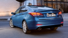 Фото экстерьера Hyundai i40 (Хендай Ай 40) Седан / Comfort Plus<br><span> 2.0 / 150&nbsp;л.с. / Автомат&nbsp;(6&nbsp;ст.) / Передний привод</span>