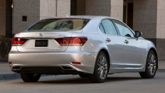 Фото экстерьера Lexus LS