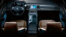 Фото салона Jaguar XFR