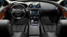 Фото салона Jaguar XJ