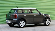 Фото экстерьера Mini Cooper Countryman