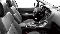 Фото салона Peugeot 3008