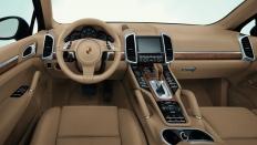 Фото салона Porsche Cayenne