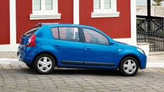 Фото экстерьера Renault Sandero