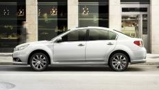 Фото экстерьера Subaru Legacy (Субару Легаси) / YF<br><span> 2.5 / 265л.с. / Вариатор / Полный привод</span>