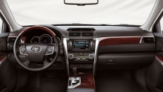 Фото салона Toyota Camry_2011