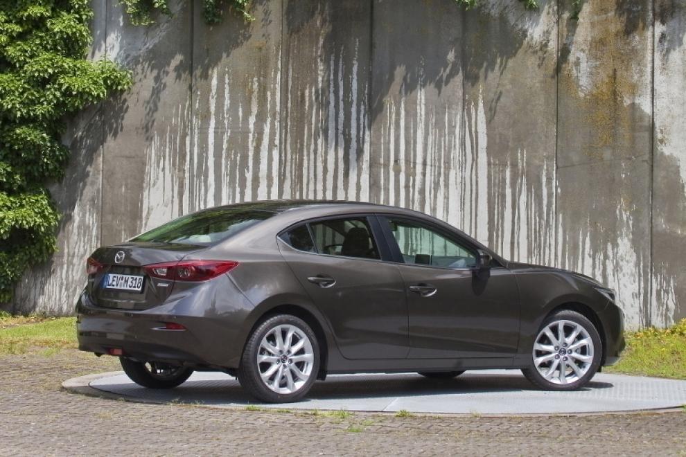 Mazda 3 2013 седан