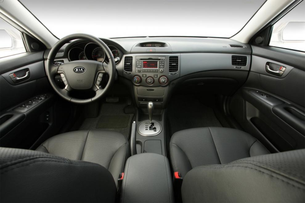 Kia Optima (Kia Magentis) второго поколения (2005-2010 года выпуска)