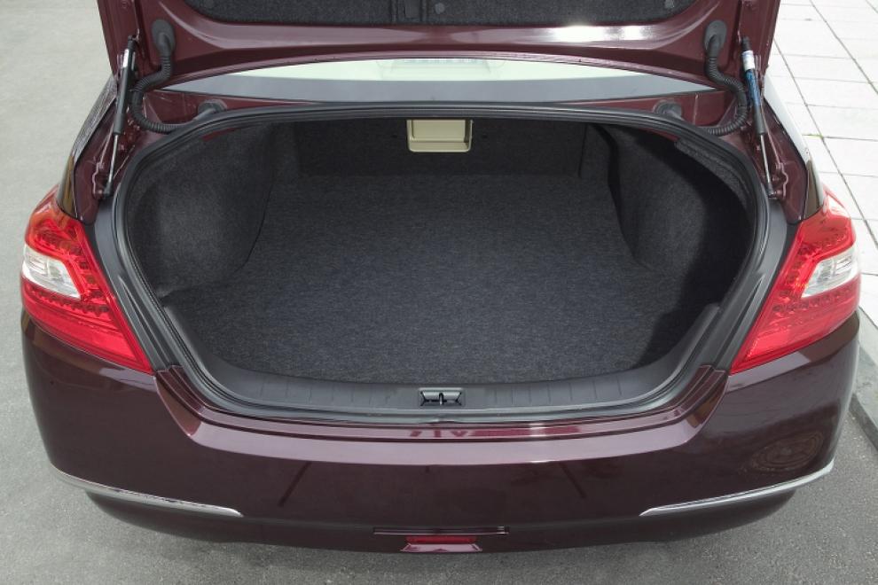 Багажник Nissan Teana 2008 седан