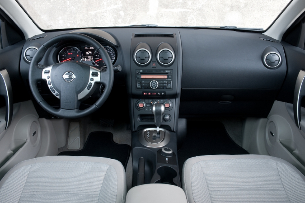 Салон Nissan Qashqai 2006-2014 (Ниссан Кашкай 2007-2014) кроссовер