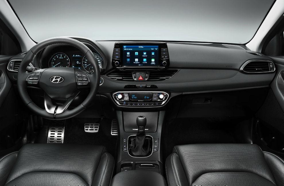 Салон Hyundai i30 хэтчбек 2017