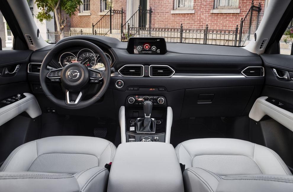 Салон Mazda CX-5 (Мазда СХ-5) 2017 кроссовер
