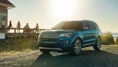Фото экстерьера Ford Explorer (Форд Эксплорер) / Limited<br><span> 3.5 / 249л.с. / Автомат(6ст.) / Полный привод</span>