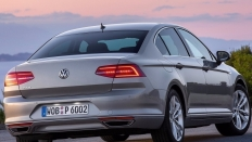 Фото экстерьера Volkswagen Passat (Фольксваген Пассат) / Life<br><span> 2.0 / 150л.с. / Автомат(6ст.) / Передний привод</span>