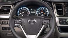 Фото салона Toyota Highlander