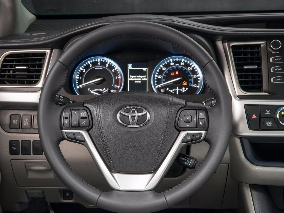Фото Toyota Highlander