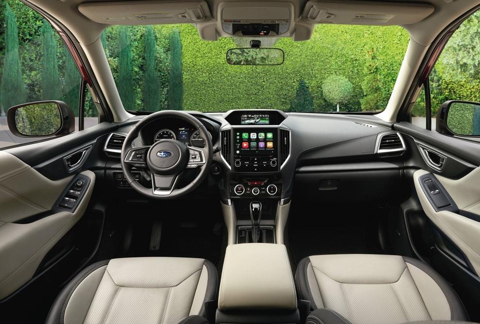 Subaru Forester 2018. Интерьер